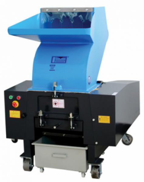 Дробилка для пластика серии XFS-P с V-образными ножами для переработки полимерной пленки модель XFS-400P